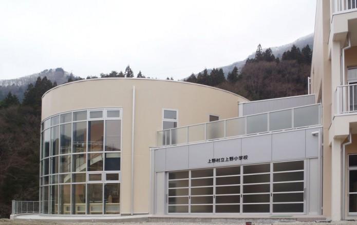 ueno_taiikukan02