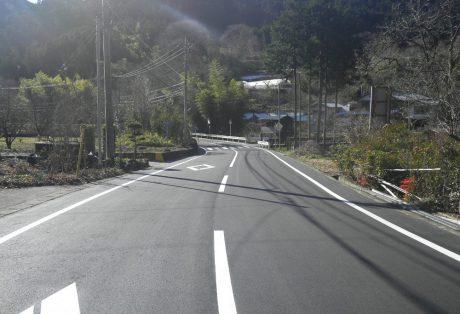 社会資本総合整備(防災・安全)(地方道舗装)上日野藤岡線
